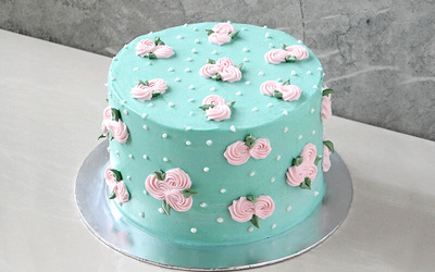 1 Decorated Buttercream Cakes