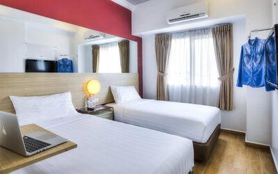 Surabaya: 2D1N Double / Twin Room (Room Only)