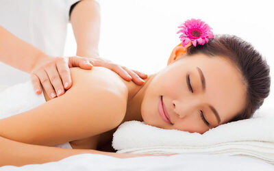 90-Min Pampering Spa with Full Body Massage for 2 People