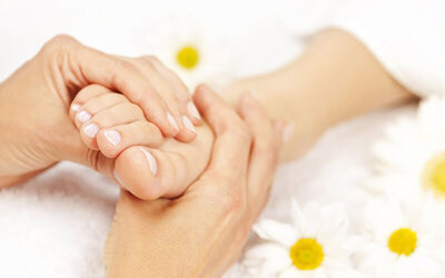 1-Hour Foot Massage with Herbal Foot Soak for 1 Person