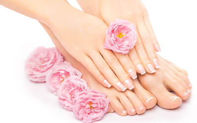 1.5-Hour Gel Manicure + Classic Pedicure for 1 Person