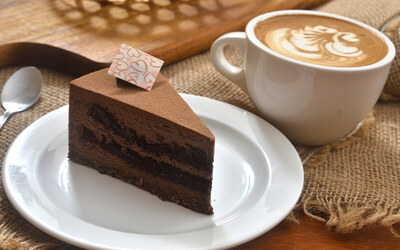 Cake / Pastry and Coffee for 1 Person