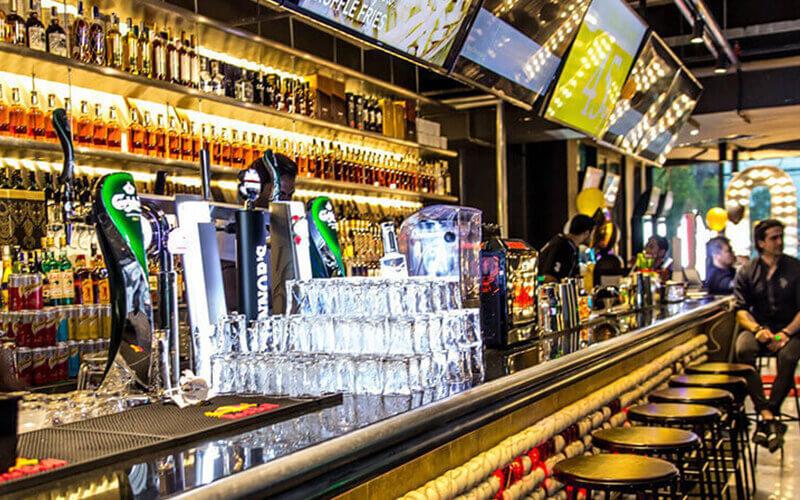 Arena Bar KL: Ten (10) Glasses of Beer / Wine / Vodka / Whiskey / Gin
