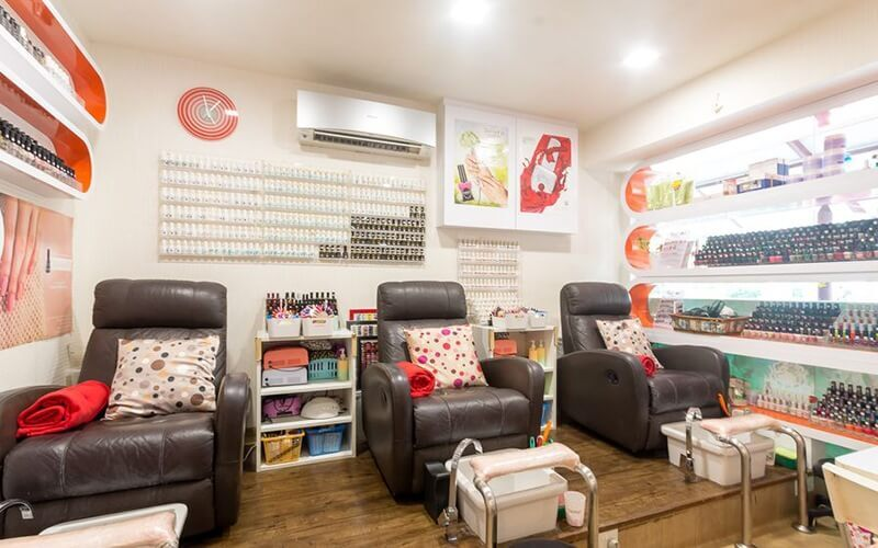Gel Manicure with Return Soak-Off + Classic Pedicure for 1 Person (2 Sessions)