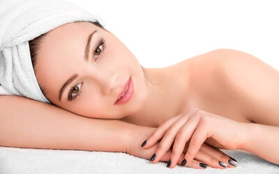 1x Facial Treatment + Relaxation Massage Package + Free Konsultasi Dokter Spesialis