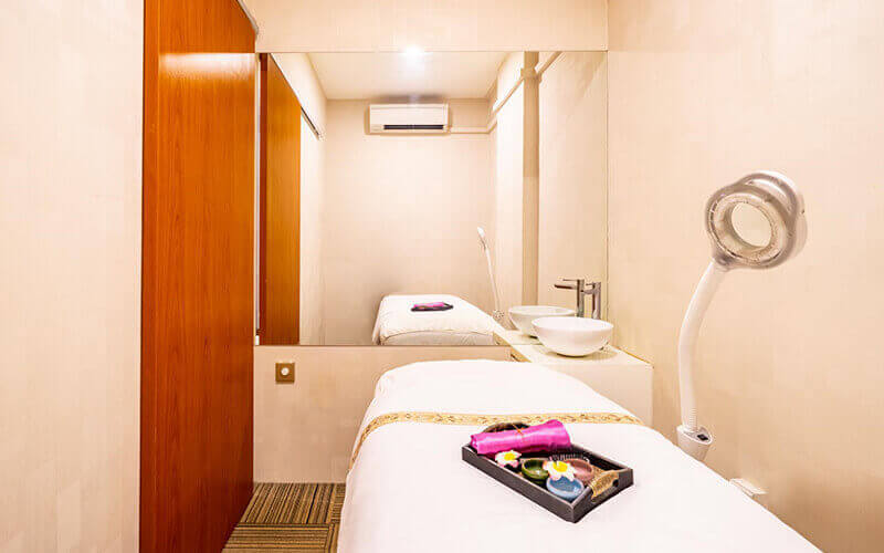 SHR Hair Removal for Large Area for 1 Person (12 Sessions)