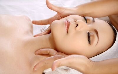 2-Hour Customised Facial with Manicure & FIR Sauna Therapy for 1 Person