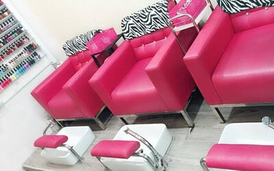 Gel Manicure with Return Soak-Off and Classic Pedicure for 1 Person (2 Sessions)