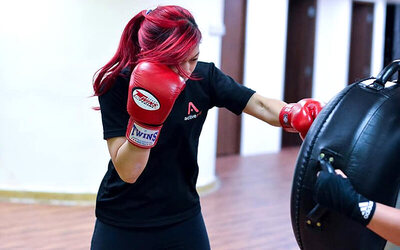 Women Kickboxing Class for 1 Person (4 Sessions)