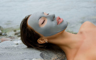 1.5-Hour Miracle Magnetic Mud Brightening Facial for 1 Person