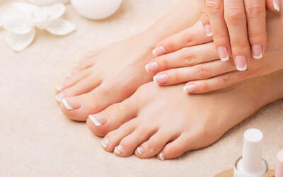 Pedicure + Foot Scrub + Massage + Vit + Gel Polish
