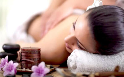 Full Body Massage + Scrub + Body Mask + Body steam (150 menit)