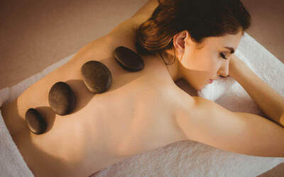 2-Hr Lymphatic Full Body Massage with Hot Stone Treatment for 2 People