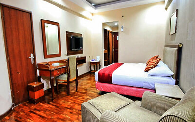 Menteng: 2D1N in Executive Room (Room Only)