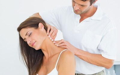 30-Min Chiropractic Treatment for 1 Person (2 Sessions)
