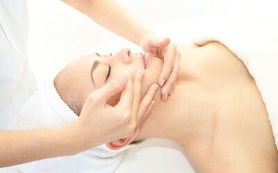 2-Hour Customised Facial with Manicure & FIR Sauna Therapy for 2 People