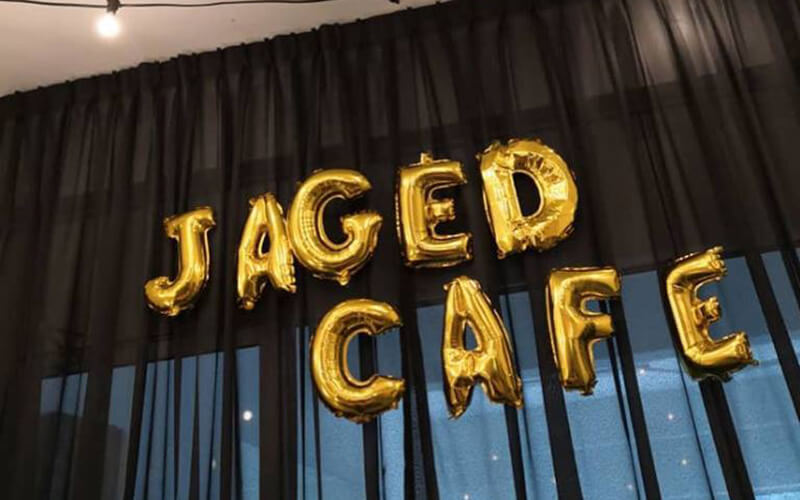 Jaged Cafe featured image.