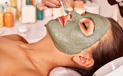 1.5-Hour Aqua Peel Facial Treatment for 1 Person
