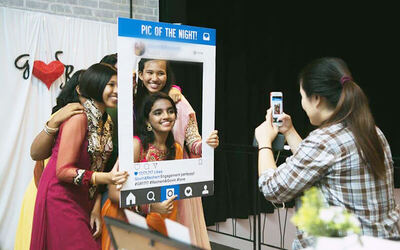 4-Hour Unlimited Instant Prints Photobooth
