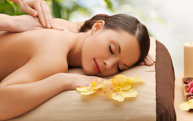 Volcanic Back Massage with Volcanic Stone Facial for 1 Person