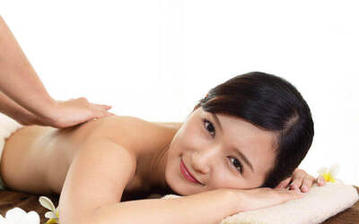 1-Hour Full Body Lymphatic Detox Massage with Gua Sha Treatment for 2 People