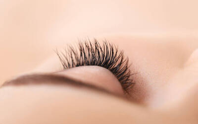 Lash-by-Lash Extensions and Eyebrow Shaping for 1 Person (2 Sessions)