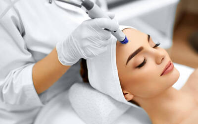 Nano Micro Needling with Photon Therapy and Growth Factor Rejuvenation Facial for 1 Person (2 Visits)