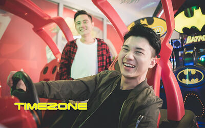 Timezone: 1-Hour Deluxe Fun Pass Package for 1 Person