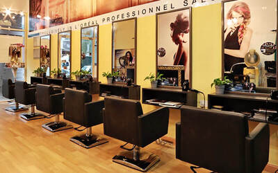 L'Oreal Hair Treatment with Cut, Wash, and Blow for 1 Person