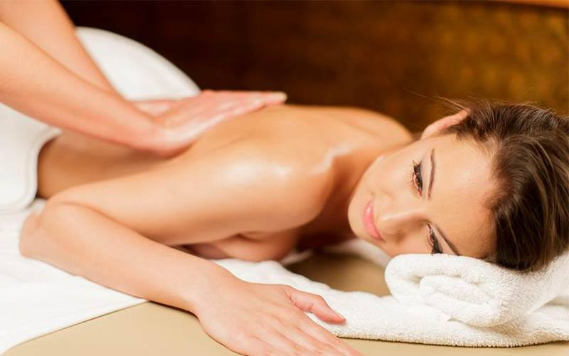 1.5-Hour Relaxing Body Massage and Ovary or Bust Treatment for 2 People