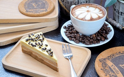 Sunway Pyramid: Cake with Coffee for 1 Person