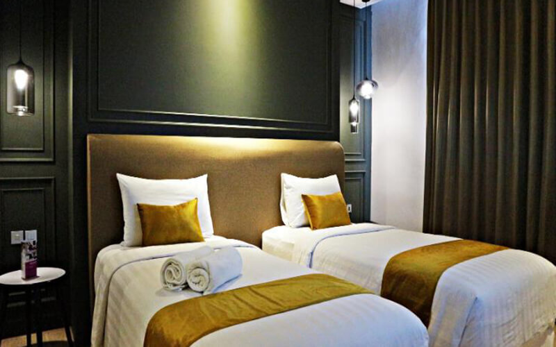 Jakarta: 2D1N in Royal Deluxe Room (Room Only)