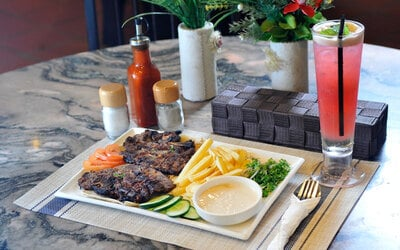Chargrilled Lamb Chop with Drink for 1 Person