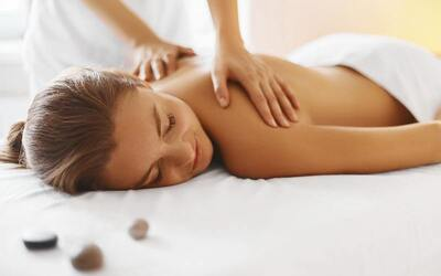 1.5-Hour Shoulder and Back Massage + Cupping + Sauna for 1 Person