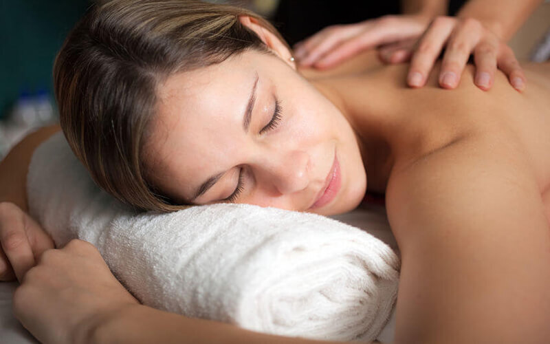 1-Hour Full Body Holistic Deep Tissue / Relaxing Massage for 1 Person (1 Session)