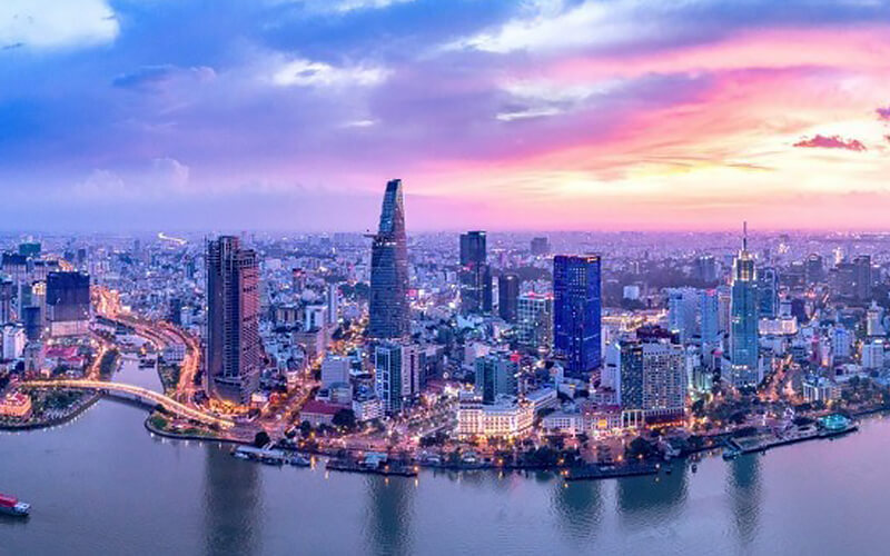 Ho Chi Minh: 4D3N Stay in Prague Hotel with Tour for 1 Person