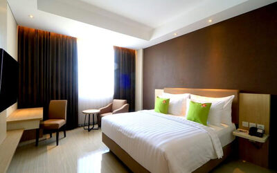 Surabaya: 2D1N in Superior Room + Breakfast