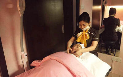 Essential Facial with Dermabrasion Machine treatment + Full Body Massage for 1 Person