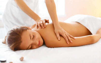 Relaxing Massage for Mom (90 menit)