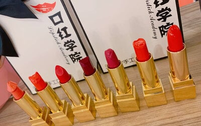 15-Minute Lipstick Making Workshop (1 Stick) for 1 Person