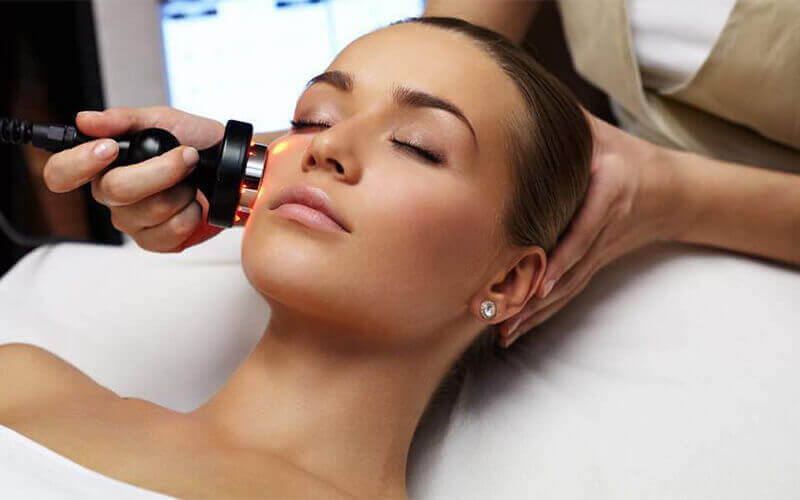 1.5-Hour Golden Superior Laser and Ultra Hydrating-Pro Serum Infusion Facial Treatment for 1 Person