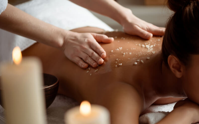 1-Hour Full Body Scrub with Shoulder Massage for 1 Person