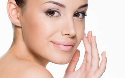 100-Minute Dermalogica Enzymatic Brightening Facial for 1 Person (1 Session)