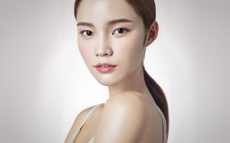 2.5-Hour Aroma Essential Lymphatic Rejuvenation Facial Treatment for 1 Person