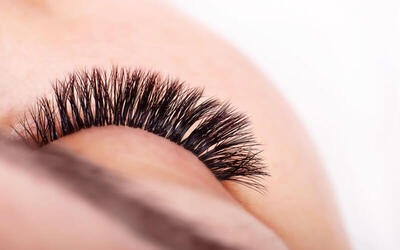 1x Eyelash Extension 2D (Double Set) + Free Eyelash Comb + Garansi 7 Hari