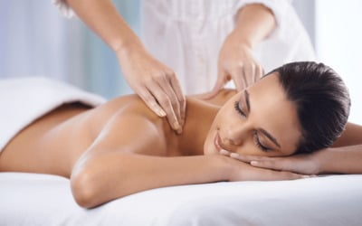 1.5-Hour Full Body Aromatherapy Massage for 1 Person