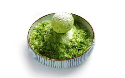 Drifting Snow (Fuji Matcha Crushed Ice)
