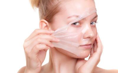 1x Organic Peeling + Skin Check Up + Konsultasi Dermatovenerologist