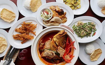 8-in-1 Lunch Combo with Curry Fish Head for 3 People