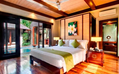 Seminyak: 3D2N in Three Bedroom Villa + Breakfast + Massage + Dinner